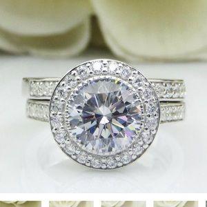 💎✨Moissanite Bezel set engagement/wedding set 💎✨